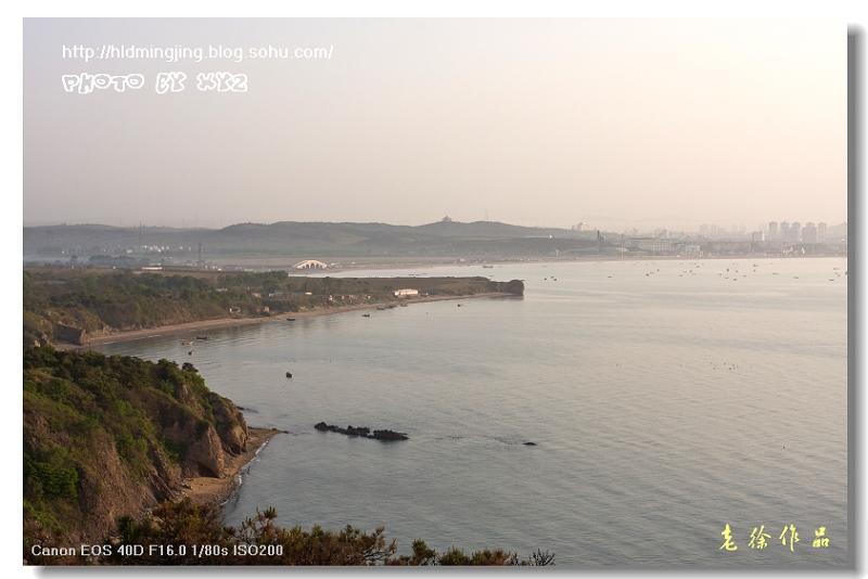 晨曦中的老龙湾和葫芦岛市区
