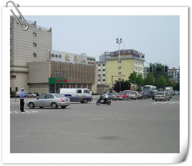 街---最后沿33路公交车路线经柳村私立渤海中学----秦皇岛火车站---家