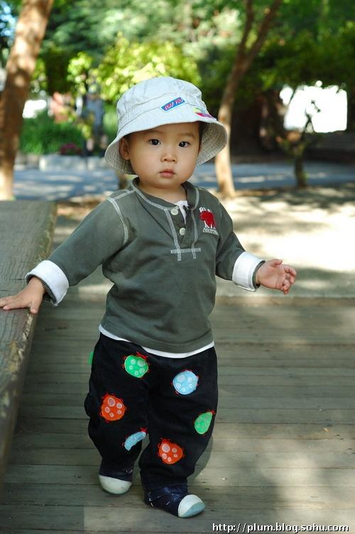 戴帽子的小孩-梅子的写食日记-搜狐博客