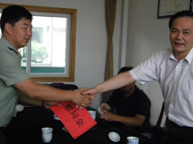 扬州看守所_区委常委政法委书记刘新伟一行7人全区政法系统到扬州市看守所