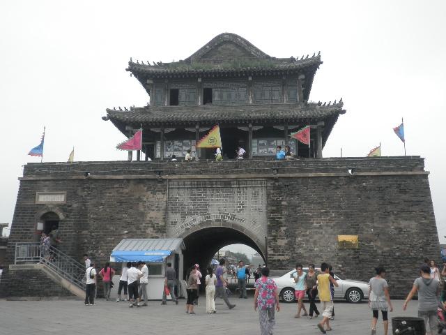 如今的兴城火车站外,还有袁崇焕的塑像,以示这座历史名城的威严.