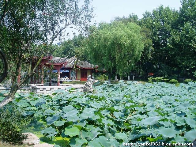 · 襄阳古城  · 隆中风景名胜区  · 锦绣园  &