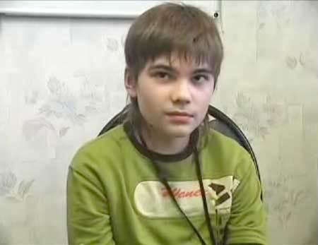 俄罗斯7岁男童称来自火星再次爆出2012年世界灾难图片