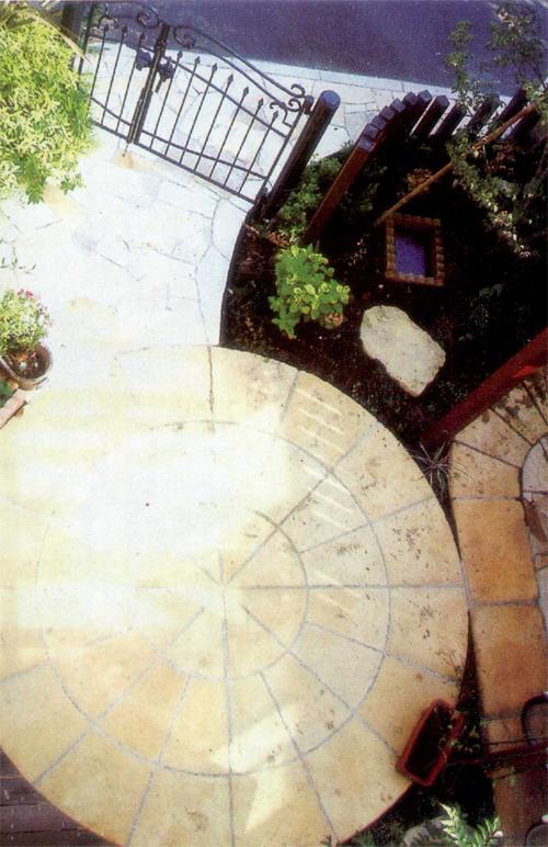 阳光露台博客_拥有圆形楼台的美丽庭院-欢沁装饰设计工作室-搜狐博客