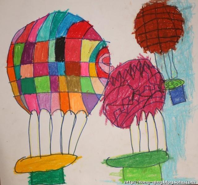 其实应该在气球上多画些线条的.哎,闺女怎么总是跟人家想法不一样呢?图片