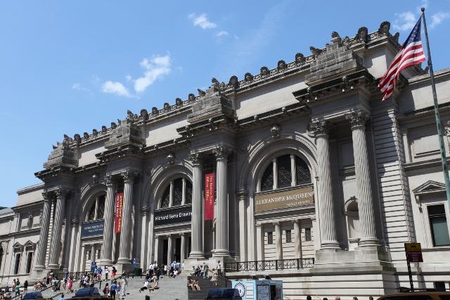 图1:大都会博物馆始建于1870年,1880年迁于此处。它